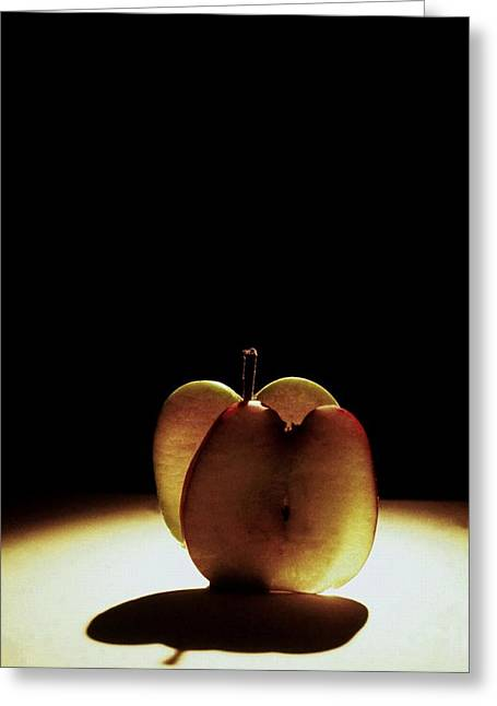 Apple Slices Greeting Card by Alfredo Martinez