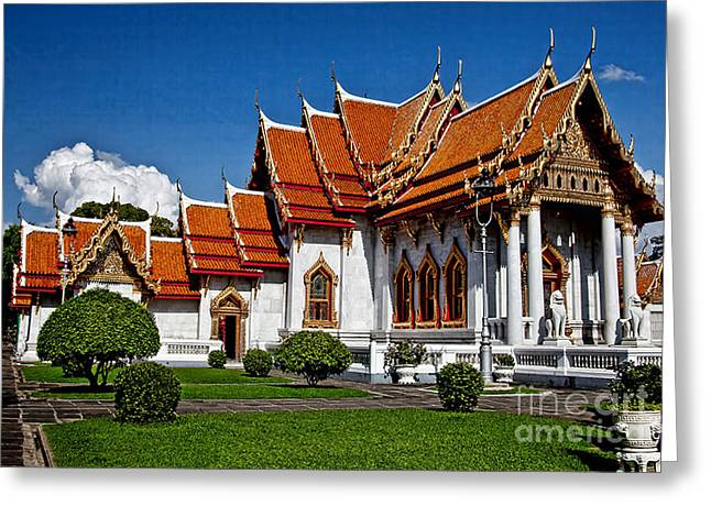 Greeting Card featuring the photograph Bankok Wat by Shirley Mangini