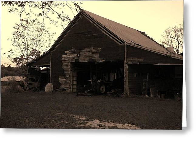 Barn In Moultrie Georgia 2004 Greeting Card by Cleaster Cotton