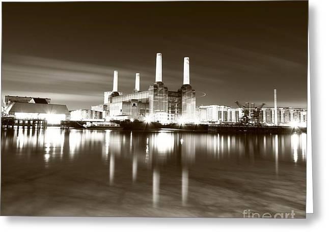 Greeting Card featuring the photograph Battersea Power Station by Mariusz Czajkowski
