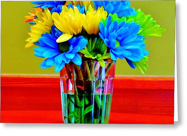 Beauty In A Vase Greeting Card by Cynthia Guinn