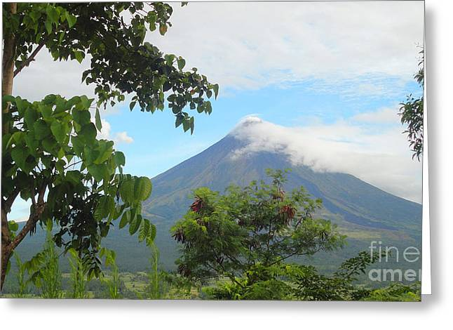 Beauty Of Mayon Greeting Card by Manuel Cadag