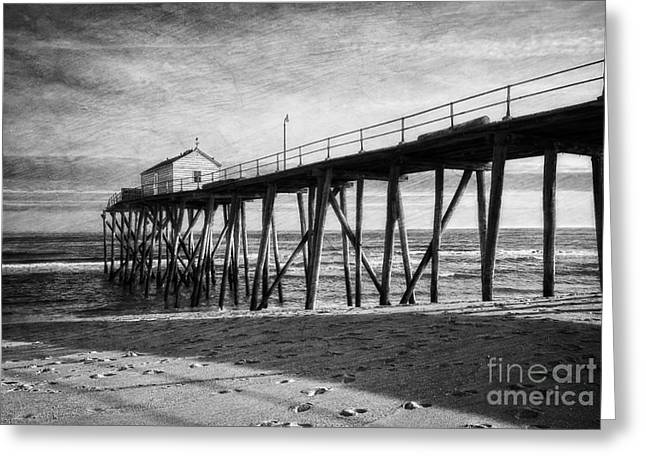 Greeting Card featuring the photograph Belmar Fishing Pier In Black And White by Debra Fedchin