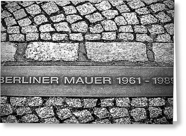 Berliner Mauer Greeting Card by Ryan Wyckoff