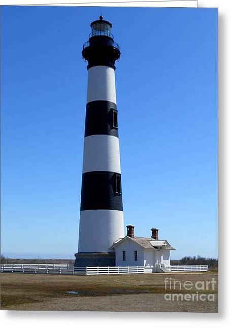 Bodie Island Lighthouse Greeting Card by Lesley Giles