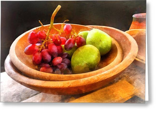 Bowl Of Red Grapes And Pears Greeting Card by Susan Savad