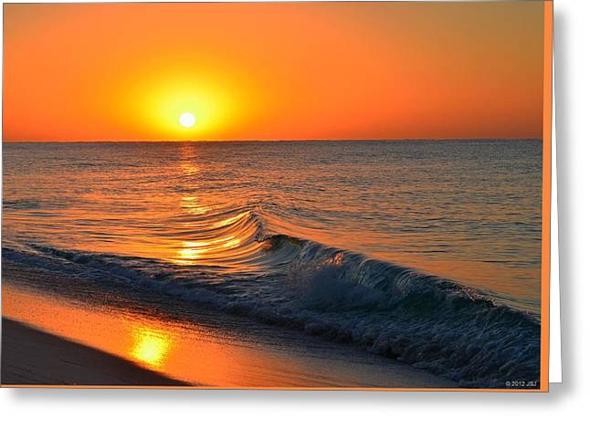 Calm And Clear Sunrise On Navarre Beach With Small Perfect Wave Greeting Card