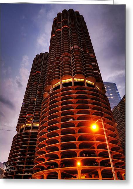 Chicago - Marina City Twilight Greeting Card by Lance Vaughn