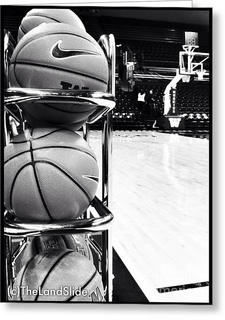 Courtside Greeting Card by Ronnie Glover