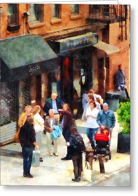 Crowded Sidewalk In New York Greeting Card by Susan Savad