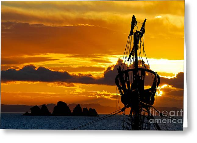 Crows Nest Silhouette On Newfoundland Coast Greeting Card by Les Palenik