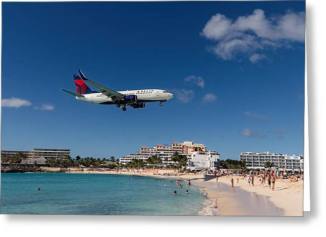 Delta 737 St. Maarten Landing Greeting Card by David Gleeson