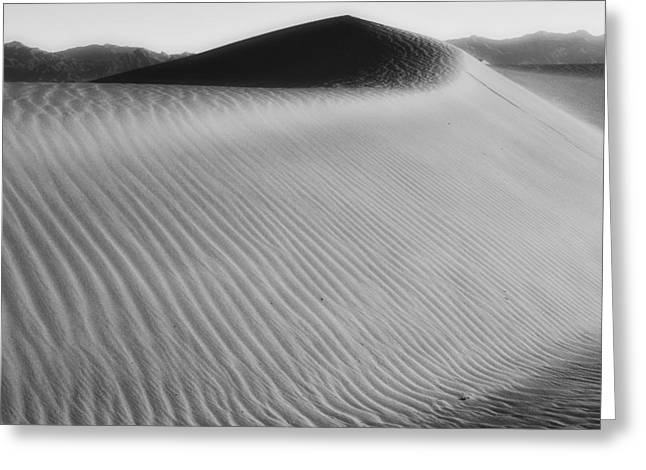 Dune Death Valley Greeting Card by Hugh Smith