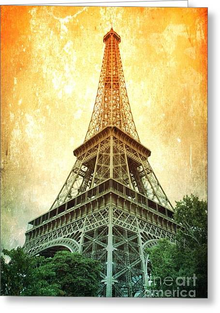 Eiffel Tower Warmth Greeting Card by Carol Groenen