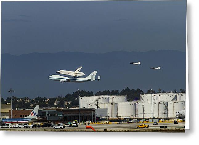 Endeavor Foies First Of Two Flyovers Over Lax Greeting Card by Denise Dube