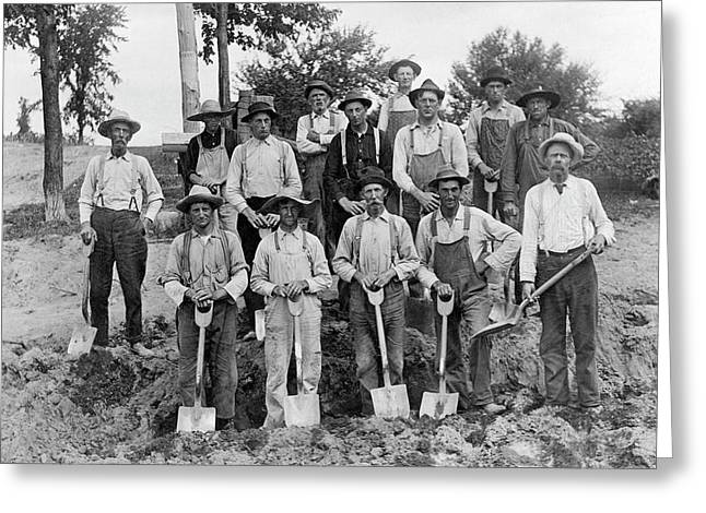 Fourteen Men With Shovels Greeting Card by Underwood Archives