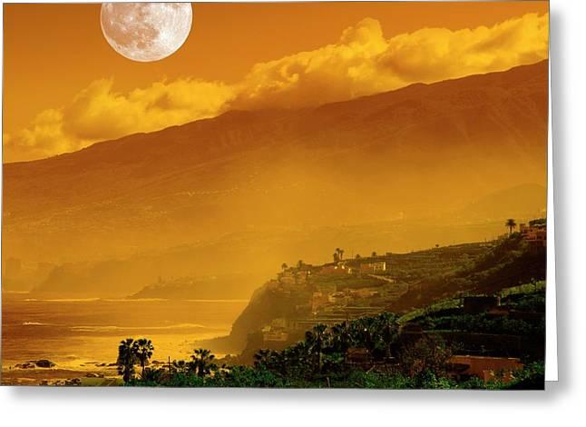 Full Moon Over Coast Greeting Card by Detlev Van Ravenswaay