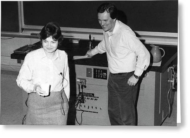 Gail Hanson And John Stack Greeting Card by Emilio Segre Visual Archives/american Institute Of Physics