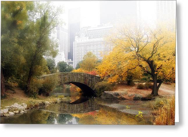 Gapstow In The Mist Greeting Card