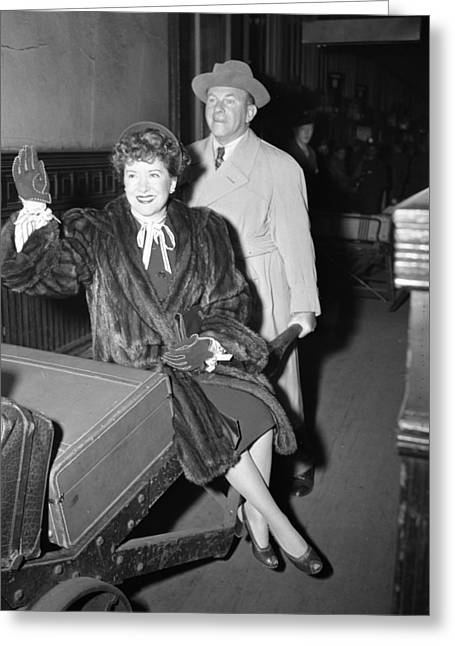 George Burns Carrying Gracie Allen Greeting Card by Retro Images Archive
