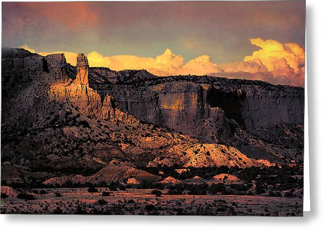Georgia O Keefes Ghost Ranch House - Last Moments Of Sun Greeting Card