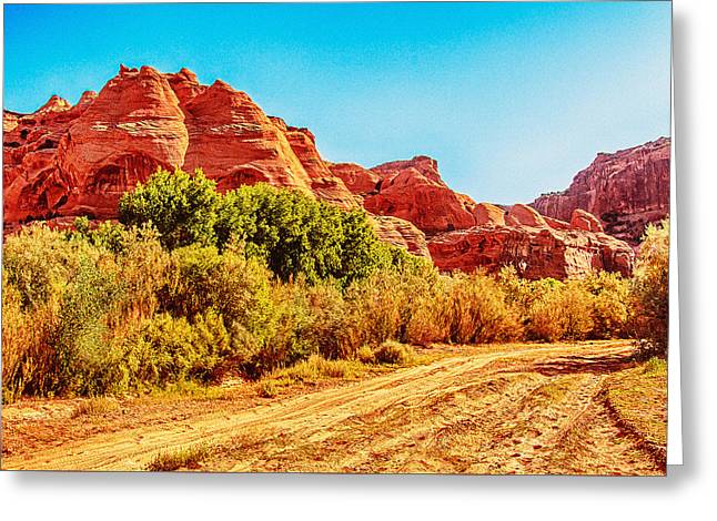 Getting The Sun In Canyon De Chelly Greeting Card