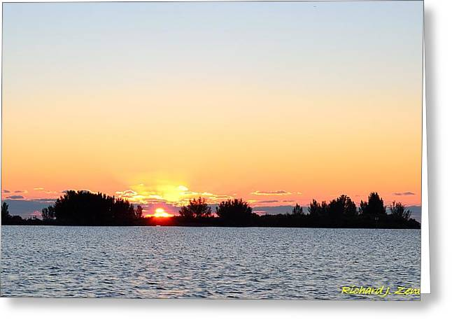 Greeting Card featuring the photograph Glowing Sunset by Richard Zentner