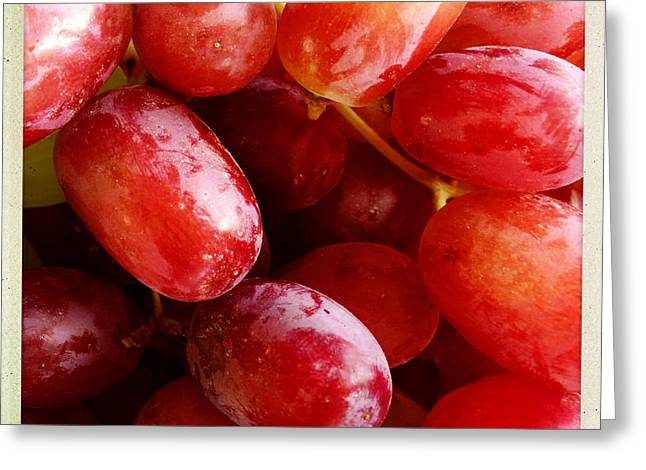 Grapes Greeting Card by Les Cunliffe