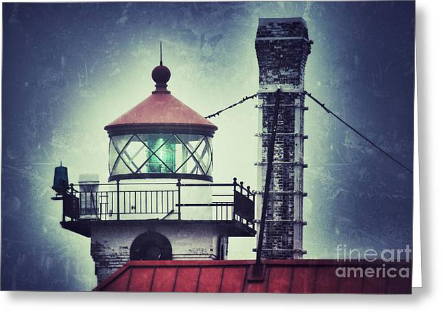 Greeting Card featuring the photograph Green Fresnel Gleaming by Mark David Zahn