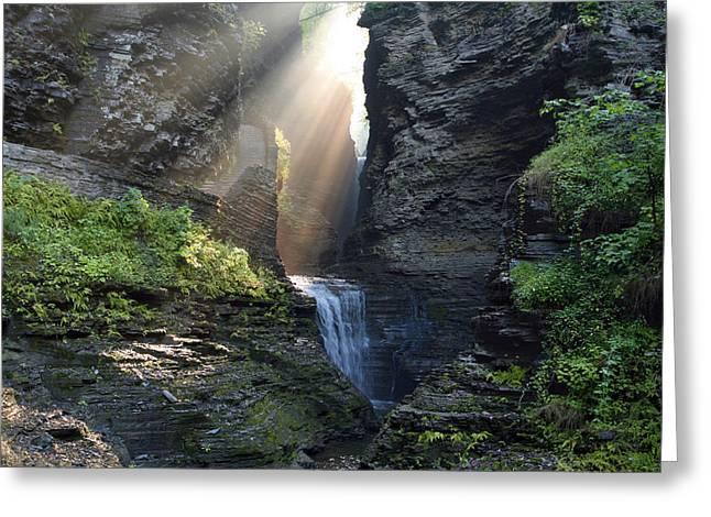 Hopeful Rays Spotlight Minnehaha Falls Greeting Card by Gene Walls