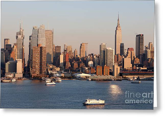 Hudson River And Manhattan Skyline I Greeting Card by Clarence Holmes
