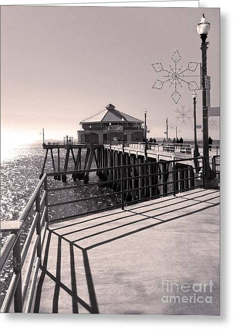Huntington Beach Pier - Rubys Diner Greeting Card by Gregory Dyer