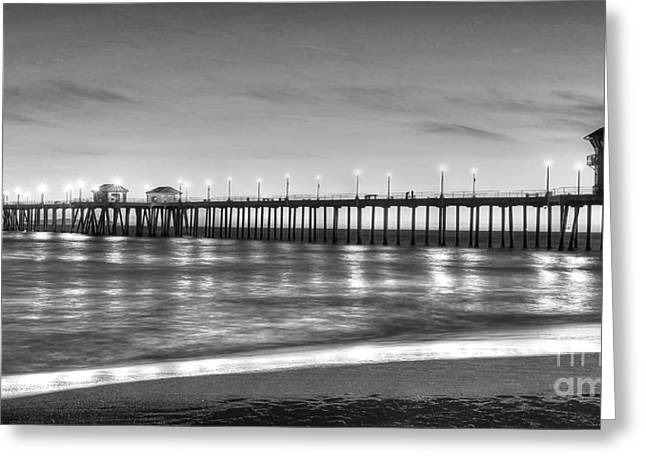 Huntington Beach Pier Twilight - Black And White Greeting Card