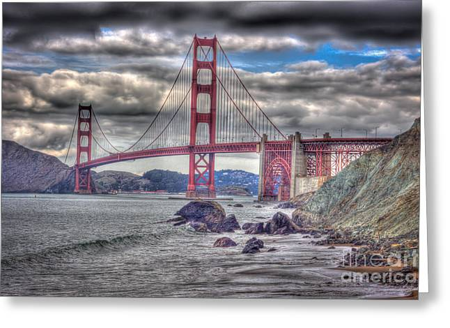 Iconic Golden Gate Bridge Greeting Card