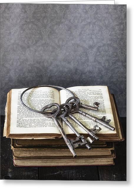 Key Ring Greeting Card by Joana Kruse