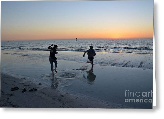 Kids At The Beach Greeting Card by Robert Meanor