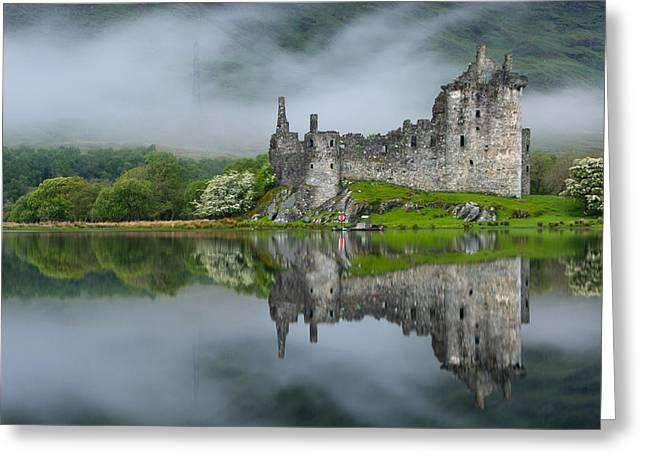 Kilchurn Castle At Dawn Greeting Card by David Ross
