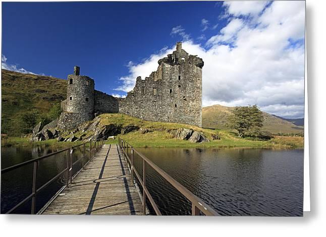 Kilchurn Castle Greeting Cards - Kilchurn Castle Greeting Card by Grant Glendinning