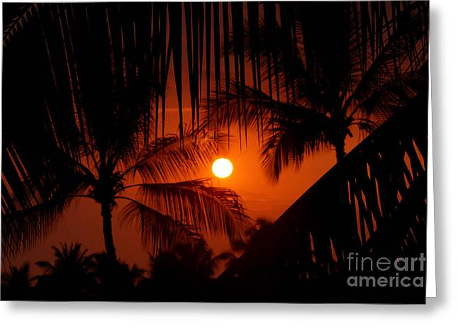 Kona Sunset Greeting Card by Bob Hislop