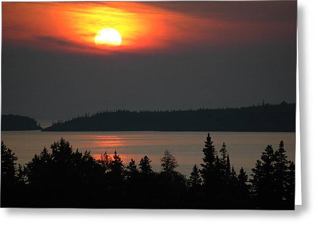 Lake Superior Sunset Greeting Card by Rob Huntley
