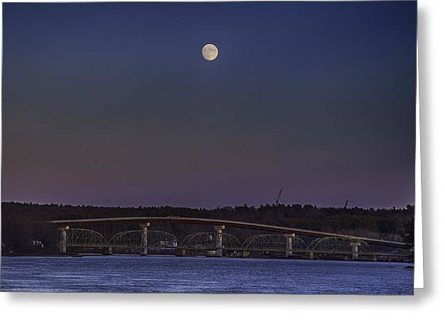 Last Moon Rise Greeting Card