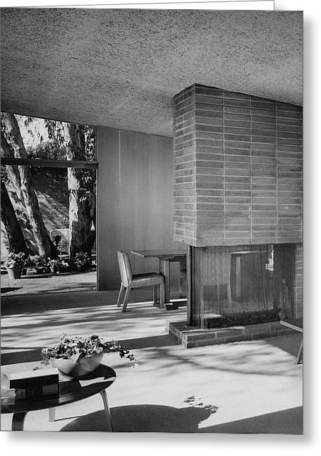 Living-dining Room By Carl Louis Maston Greeting Card by Julius Shulman