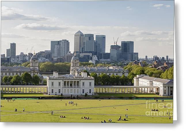 London View From Greenwich Greeting Card by Roberto Morgenthaler