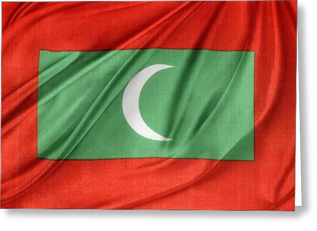 Maldives Flag Greeting Card by Les Cunliffe