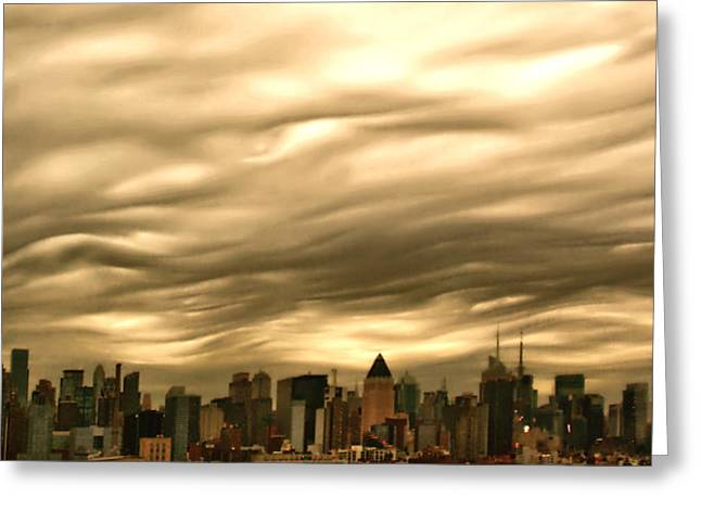 Manhattan Sky Greeting Card