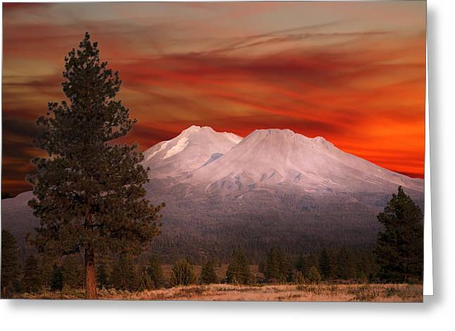Mt Shasta Fire In The Sky Greeting Card