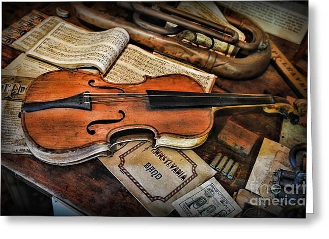 Music - The Violin Greeting Card by Paul Ward