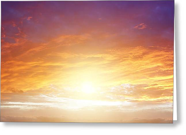 New Dawn Greeting Card by Les Cunliffe