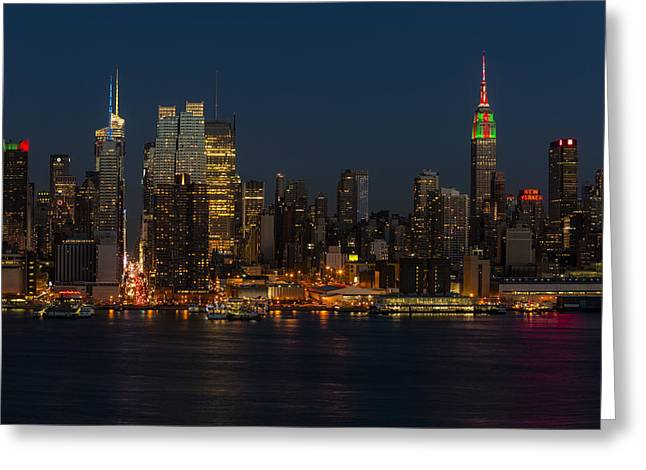 New York City Skyline In Christmas Colors Greeting Card by Susan Candelario