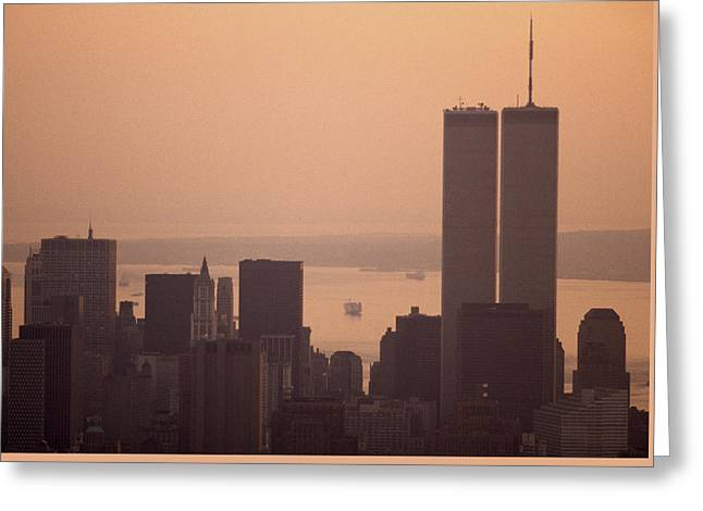 New York Sunset Greeting Card by Shaun Higson